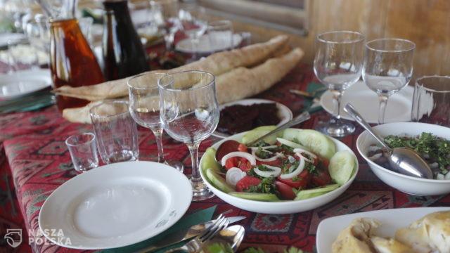 Lokale gastronomiczne powoli odrabiają straty po lockdownie