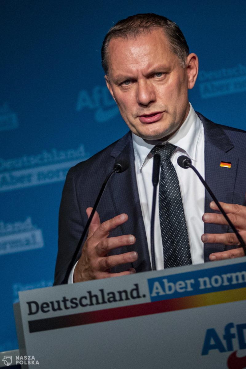 Niemcy/ Kanclerski poker – kto z kim stworzy nowy rząd i kto zastąpi Merkel?