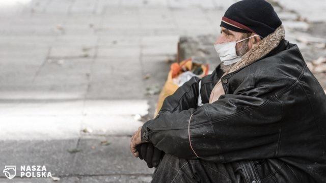 Kraków/ Miasto rozpoczęło szczepienia osób bezdomnych
