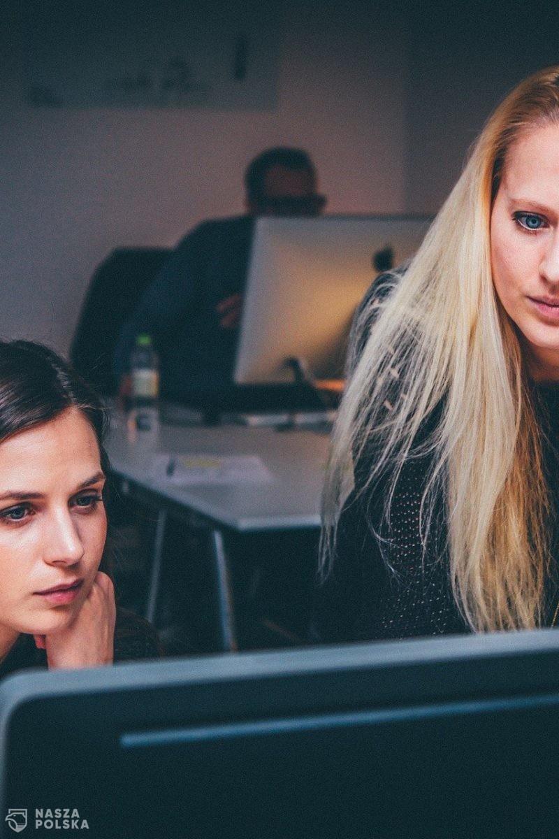 Raport: polska gospodarka mogłaby zyskać 300 mld zł rocznie dzięki lepszemu wykorzystaniu potencjału kobiet