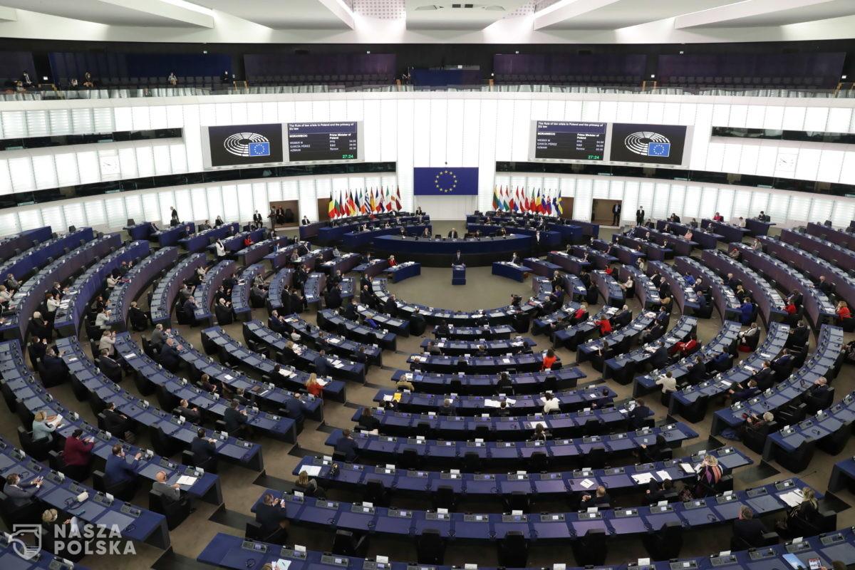 Müller: polscy eurodeputowani z opozycji w PE wystąpili przeciwko Polsce