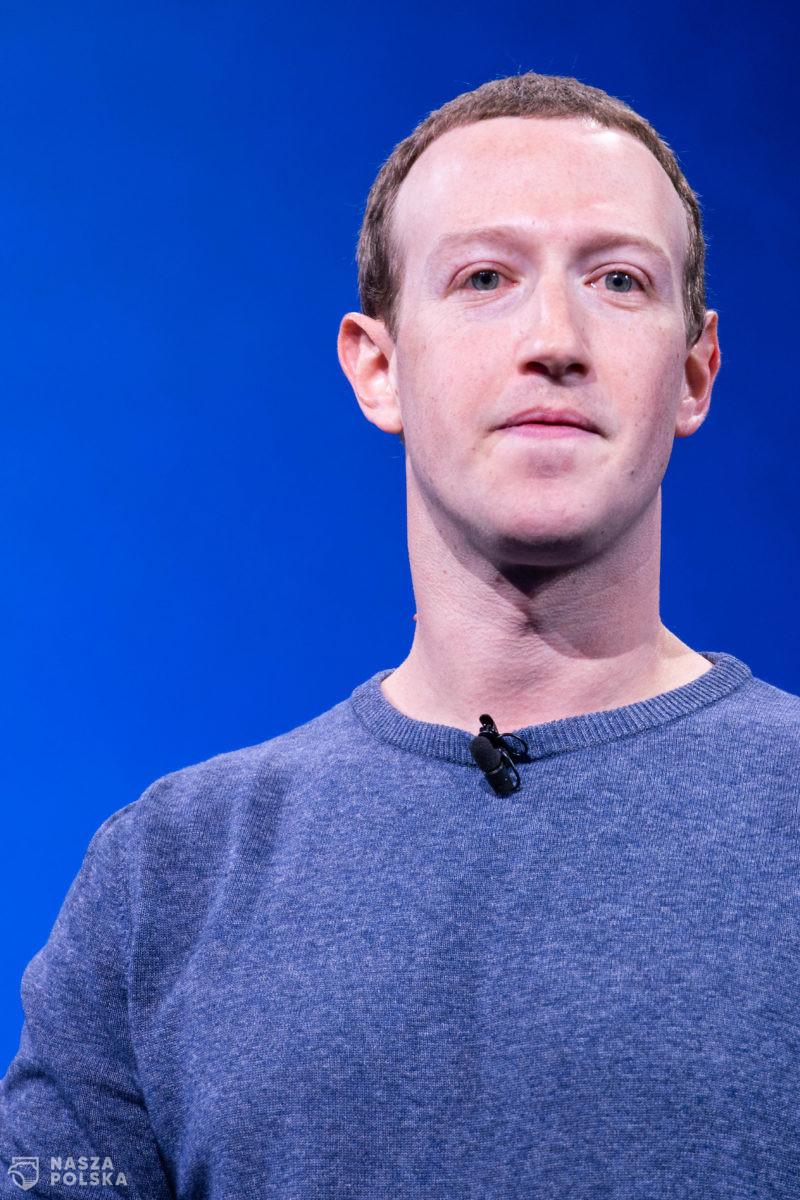 """USA/ Facebook ogłosił zmianę nazwy firmy na """"Meta"""" i zaprezentował wizję """"metawersum"""""""