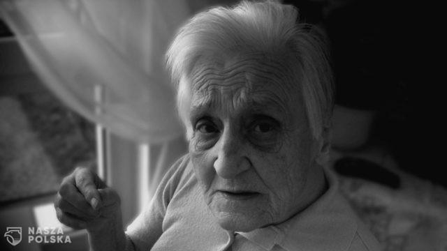 Coraz więcej osób choruje na alzheimera. Do ograniczenia ryzyka wystąpienia tej choroby może się przyczynić kawa